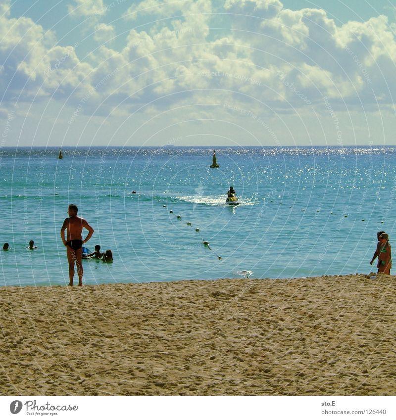 strandtreiben pt.2 Mensch Himmel Mann Natur blau Wasser Ferien & Urlaub & Reisen Baum Pflanze Meer Strand Freude Farbe Wolken Erholung Ferne