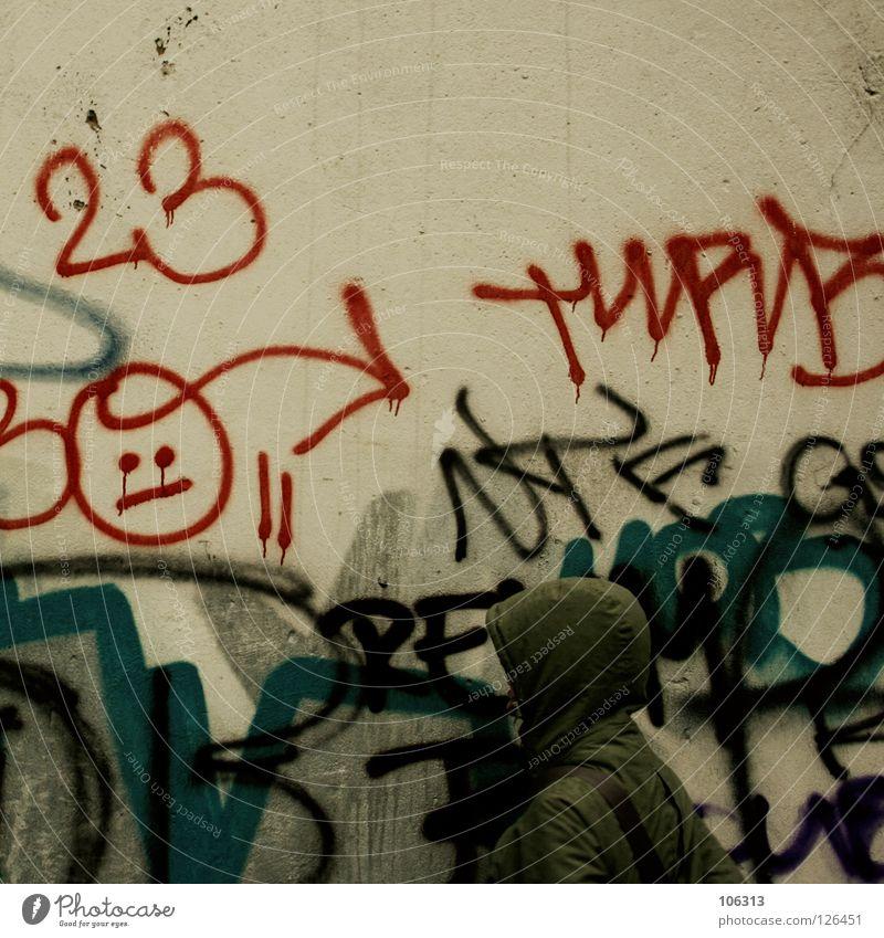 23 Umwelt Stadt Leipzig alternativ Dresden Gruß Kapuze Straßenkunst Schmiererei Neustadt Graffiti dreckig Elendsviertel Smiley graphisch durcheinander Wand