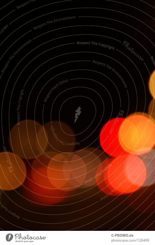 Urban blur night lights V Unschärfe träumen Ampel Leuchtreklame Licht rot gelb Lichtpunkt abstrakt Hintergrundbild Straßenverkehr Konzert Farbe orange