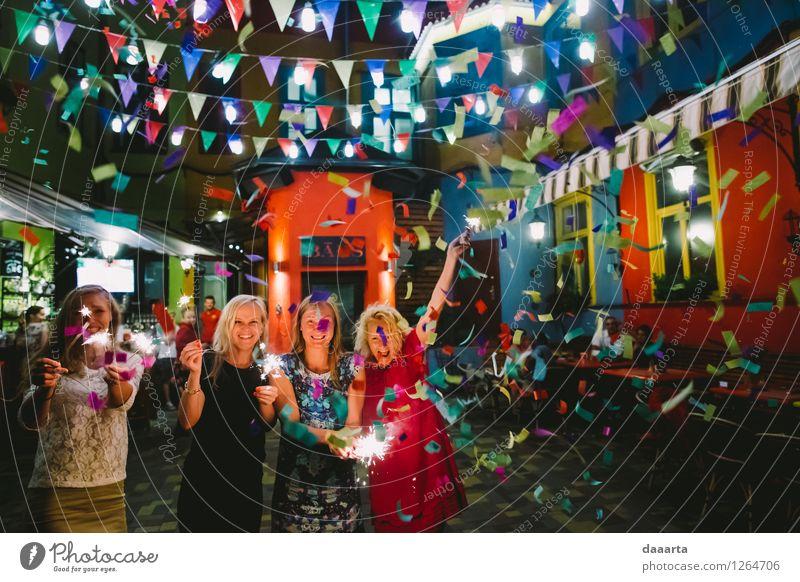 feiern Mensch Jugendliche Sommer Junge Frau Erholung Freude Gefühle feminin Stil Spielen Feste & Feiern Freiheit Lifestyle Stimmung Freizeit & Hobby elegant
