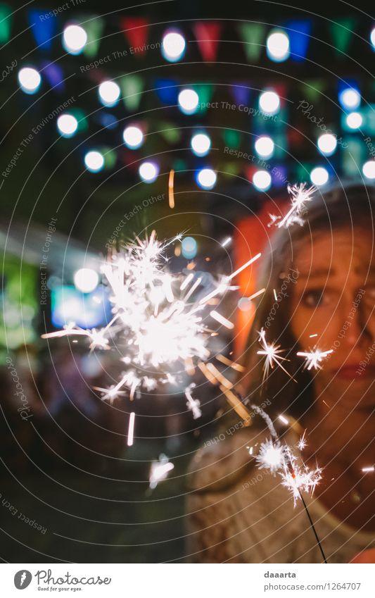 traurig zu Ende Lifestyle Stil Freude harmonisch Sinnesorgane Erholung Freizeit & Hobby Spielen Wunderkerze Licht Ausflug Abenteuer Freiheit Veranstaltung