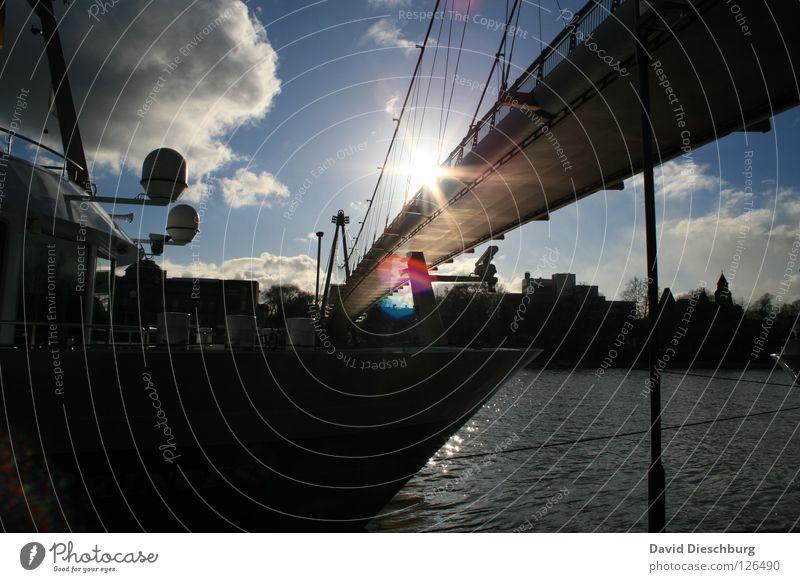 The ship to paradise Wasser Himmel Sonne Meer blau Sommer Ferien & Urlaub & Reisen schwarz Wolken Fenster See Wasserfahrzeug Beleuchtung Glas Seil Brücke