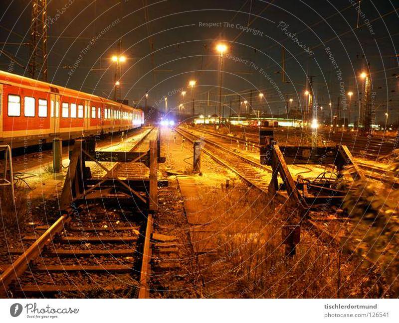 Dortmund Yard Eisenbahn Straßennamenschild Graffiti Train Night Bahnhof Train Station