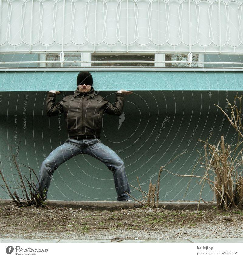 balkonpfeiler Mann Haus Freude Architektur lustig maskulin Energiewirtschaft stark Hose Mütze Wachsamkeit Jeanshose Jacke Statue Tor Sport-Training