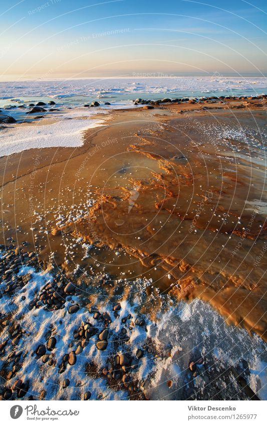 Eis, roter Sand und Felsen auf der gefrorenen Ostsee schön Ferien & Urlaub & Reisen Tourismus Sonne Strand Meer Winter Schnee Natur Landschaft Himmel Horizont