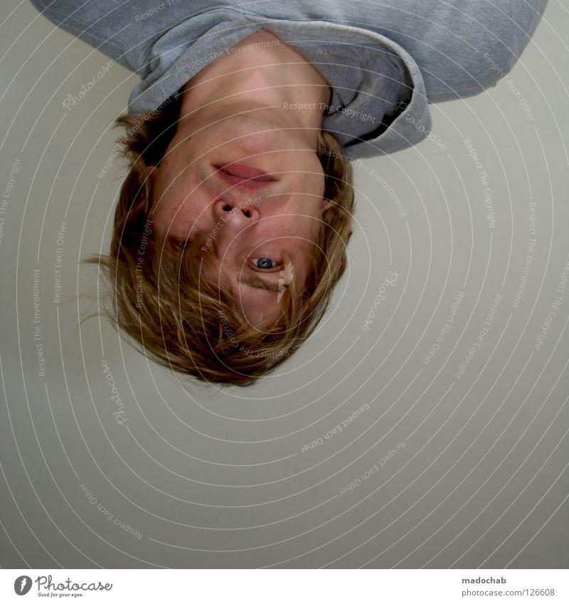 TAGESABLAUF: NICHTRAUCHEN Mensch Mann Jugendliche Gesicht Auge Haare & Frisuren blond Mund Nase maskulin Lifestyle trist einfach Student Langeweile Typ