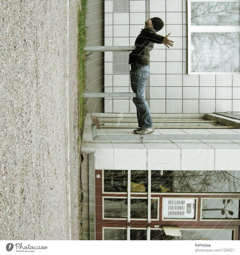 titanikstar Mann Silhouette Dieb Krimineller Rampe Laderampe Fußgänger Schacht Tunnel Untergrund Ausbruch Flucht umfallen Fenster Parkhaus Geometrie Gegenlicht