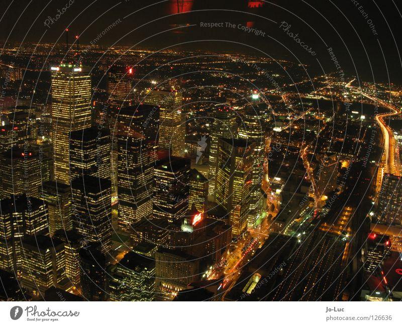 glowing city #2 Stadt Ferne Beleuchtung groß Hochhaus hoch Aussicht Skyline Kanada Stadtzentrum glühen Toronto CN Tower