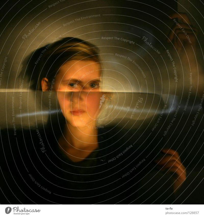Verschiebung 2 Hand Jugendliche Spielen Bewegung Kopf Zeit Theaterschauspiel Geister u. Gespenster Märchen Zauberei u. Magie Fee Verzerrung Haarschnitt Erscheinung utopisch