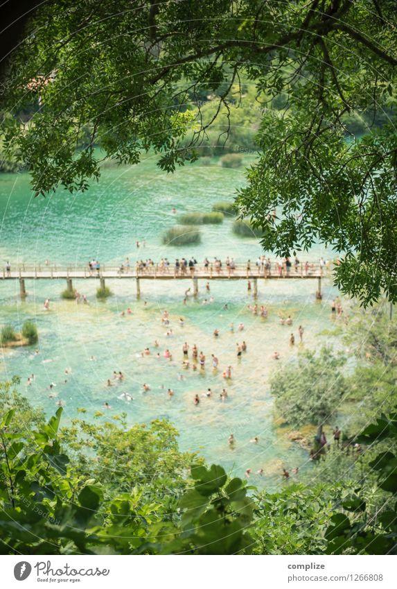KRKA Ferien & Urlaub & Reisen Tourismus Ausflug Sightseeing Sommer Sommerurlaub Sonnenbad Strand Meer Mensch Menschengruppe Menschenmenge Umwelt Natur Pflanze