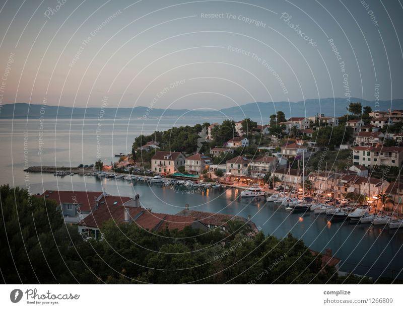 Abend auf Šolta Wellness Erholung ruhig Ferien & Urlaub & Reisen Tourismus Ferne Sommer Sommerurlaub Meer Insel Restaurant Strandbar ausgehen Umwelt Wellen