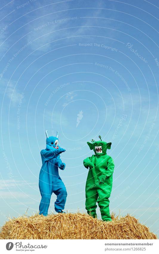 Strohbo Party Kunst Kunstwerk ästhetisch Außerirdischer Monster außerirdisch grün blau Blauer Himmel Kostüm Tanzen Tanzveranstaltung Partystimmung Partyservice