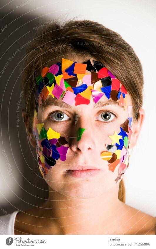 Gepunktet VI Mensch Jugendliche weiß Junge Frau Einsamkeit ruhig Ferne 18-30 Jahre Erwachsene feminin grau Denken Haare & Frisuren braun träumen beobachten