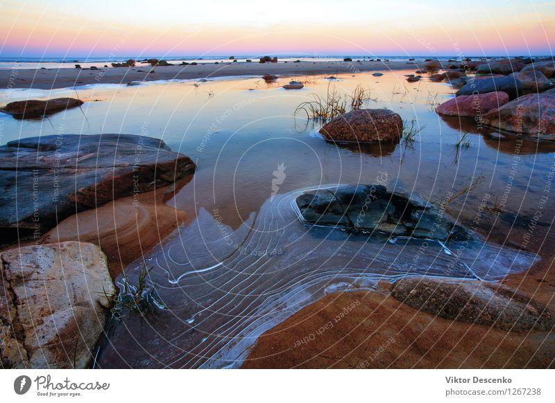 Erstes Eis auf dem Wasser der Ostsee schön Ferien & Urlaub & Reisen Strand Meer Winter Natur Landschaft Himmel Wetter Felsen Küste Stein Coolness natürlich blau