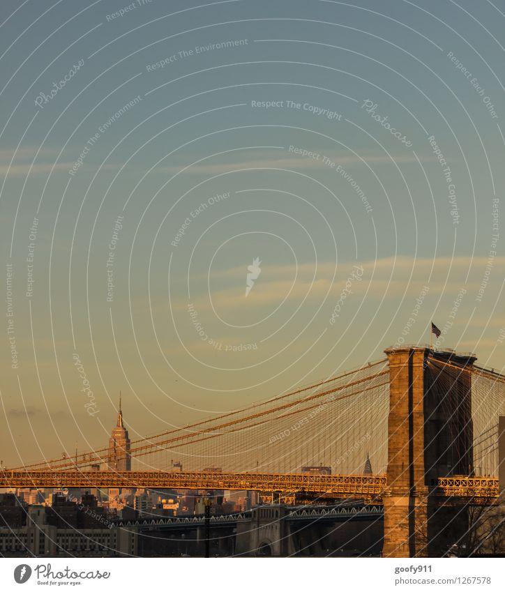 NEW YORK 5 New York City Stadt Skyline Hochhaus Brücke Sehenswürdigkeit Brooklyn Bridge Empire State Building Stein natürlich gelb gold Farbfoto Außenaufnahme