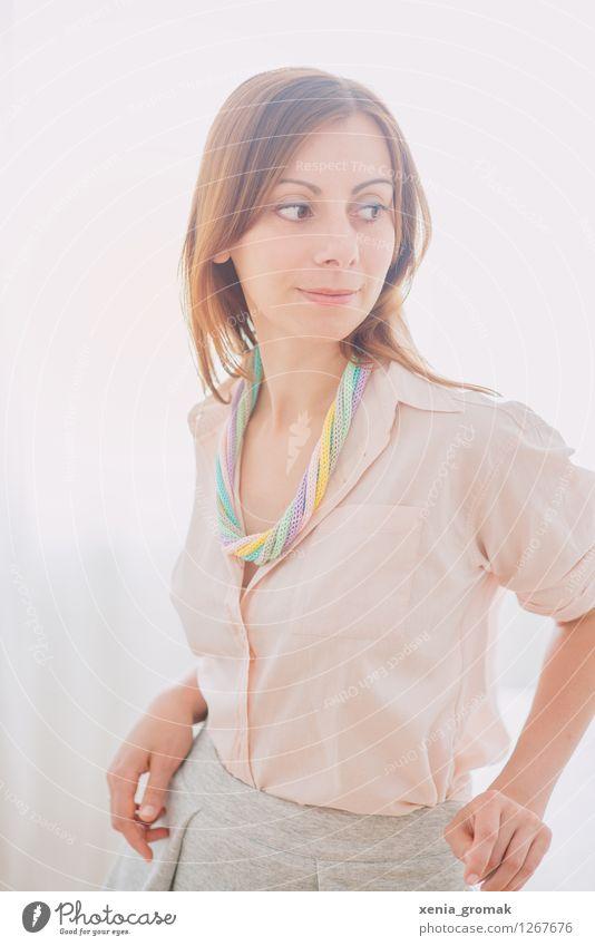 Dream on Lifestyle elegant Stil Design schön Gesundheit harmonisch Wohlgefühl Zufriedenheit Sinnesorgane Erholung ruhig Duft feminin Junge Frau Jugendliche