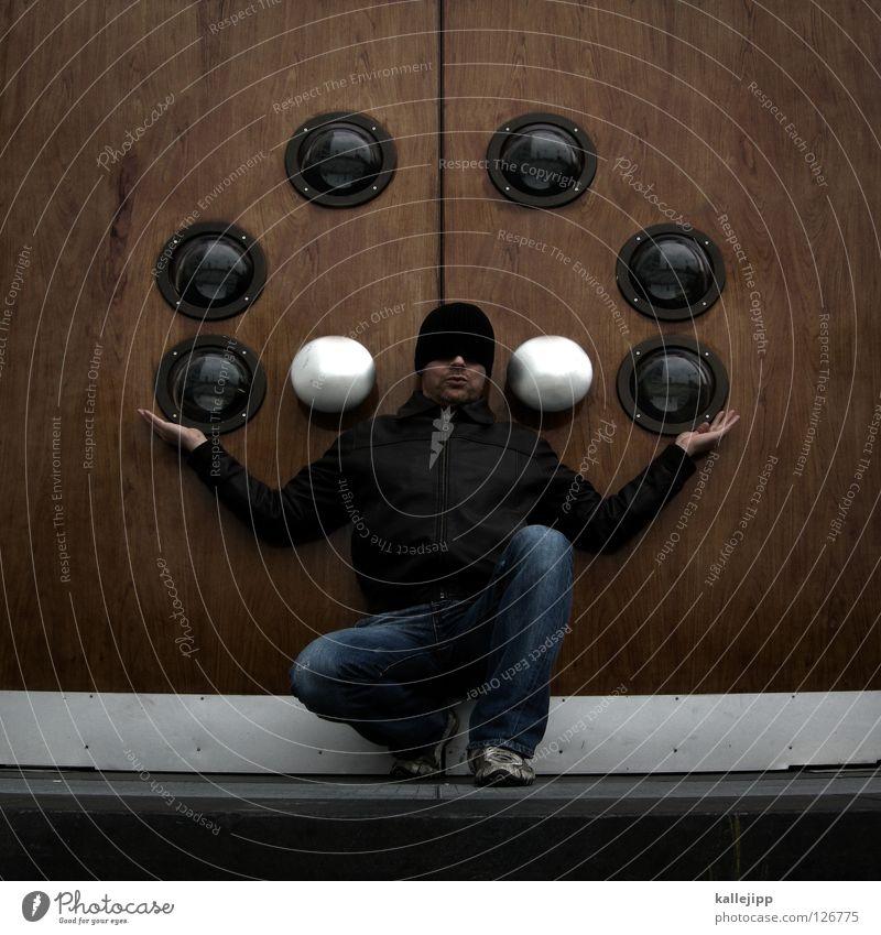zirkusreif Mensch Mann Freude Leben Gefühle Lifestyle Kunst Zufriedenheit Tür Schuhe Show Ball Hose Mütze Mitte Jeanshose