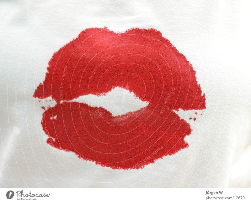 Kiss-Shirt Küssen rot T-Shirt Lippen Freizeit & Hobby kiss Mund Druck mouth red Druckerzeugnisse lips Valentinstag