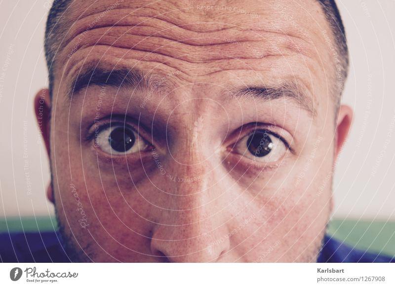 In die Röhre gucken Mensch Mann Erwachsene Auge Leben sprechen Kopf maskulin Büro Studium Nase Information neu Bildung Beruf Erwachsenenbildung