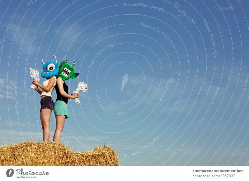 RIVALS Kunst Kunstwerk Abenteuer ästhetisch bescheuert verrückt Außerirdischer Monster verkleiden Karnevalskostüm Zweikampf Gegner Kampfsport Duell Maske Freude