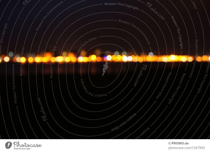 night lights line II Nachtleben Stadt Skyline gelb schwarz Rostock Beleuchtung Lichtpunkt Lichtermeer Lichterkette Lichtspiel Disco Nachtaufnahme abstrakt