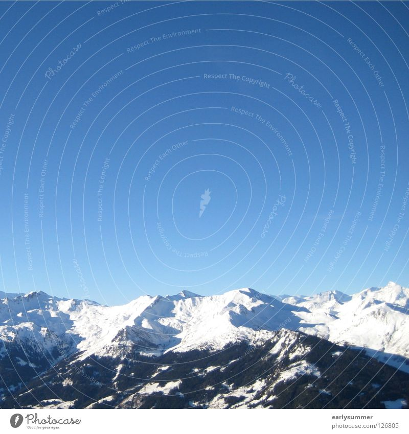 blau-weiße Geschichte Himmel Natur Baum Landschaft Wolken Winter Wald Berge u. Gebirge Schnee Wetter Gipfel Niveau Alpen Hütte