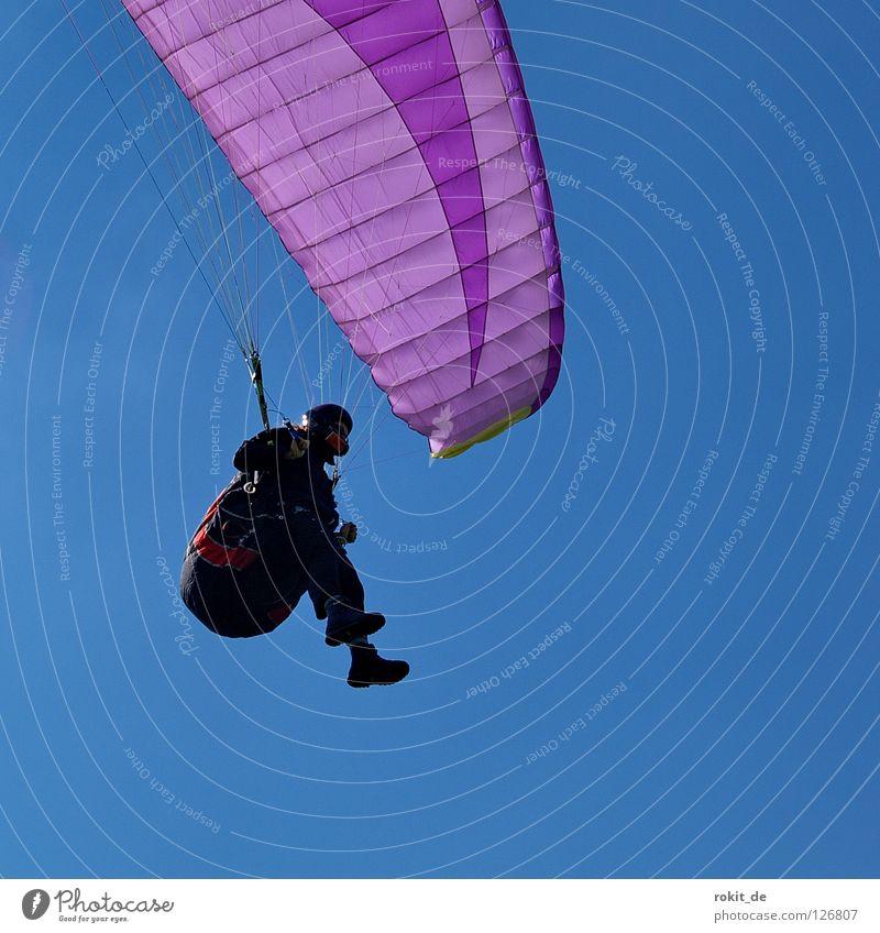 Moderner Flügel Gleitschirmfliegen gleiten Schweben violett fallen Landeplatz Flugplatz Wärme Helm Handschuhe Arbeitsanzug Kammer Baseballmütze Extremsport