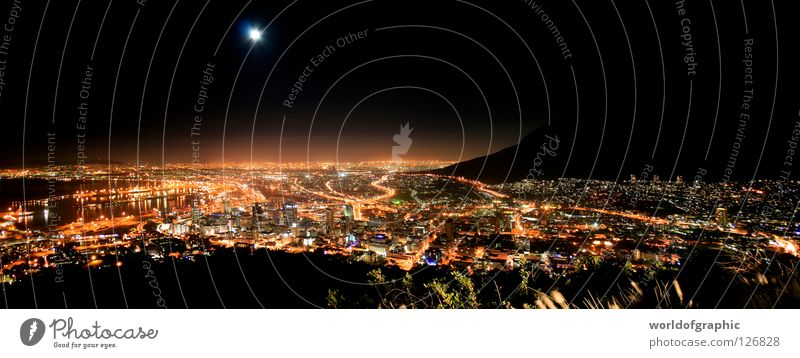 Kapstadt by night Südafrika Stadt Tafelberg Afrika Panorama (Aussicht) Africa Kap der guten Hofnung Tabelmountain SA groß Panorama (Bildformat)