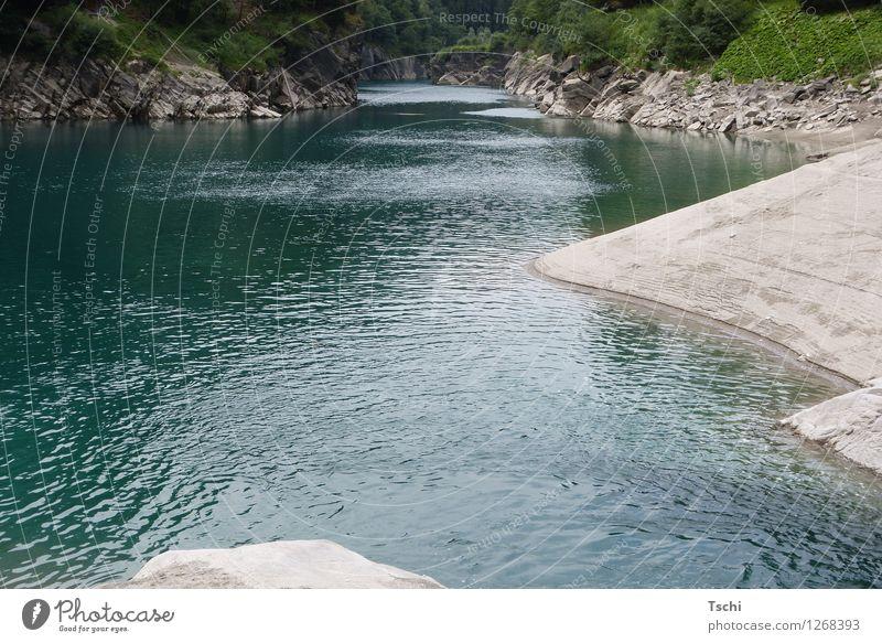 Rhein noch klein + fein Wellness Leben harmonisch Erholung ruhig Freizeit & Hobby Ferien & Urlaub & Reisen Natur Landschaft Wasser Felsen Fluss Hinterrheintal