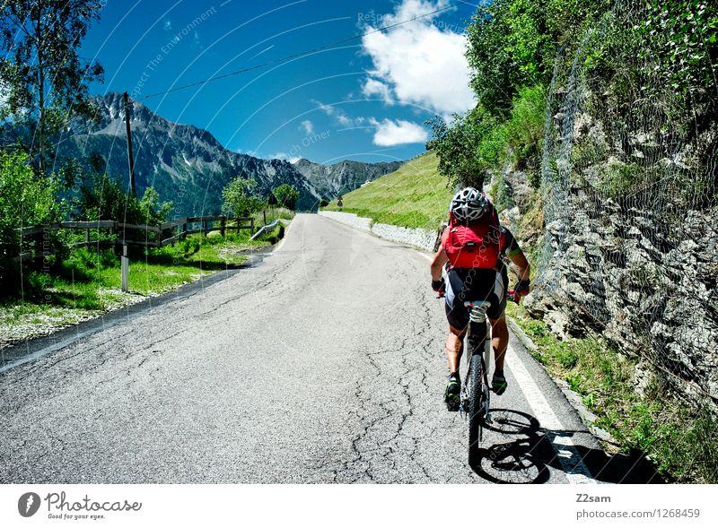 Transalp Ferien & Urlaub & Reisen Abenteuer Fahrradtour Sommer Sommerurlaub Sport Fahrradfahren Mountainbike Mann Erwachsene 45-60 Jahre Natur Landschaft Himmel