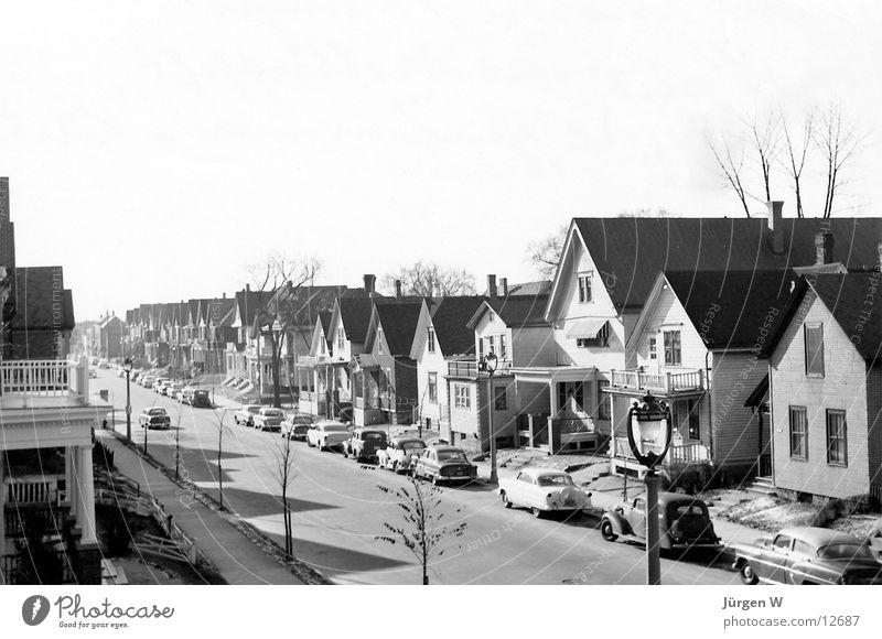 Suburbia '56 Vorstadt Kleinstadt Fünfziger Jahre Nostalgie Amerika Nordamerika USA Schwarzweißfoto subburb smalltown nostalgia america