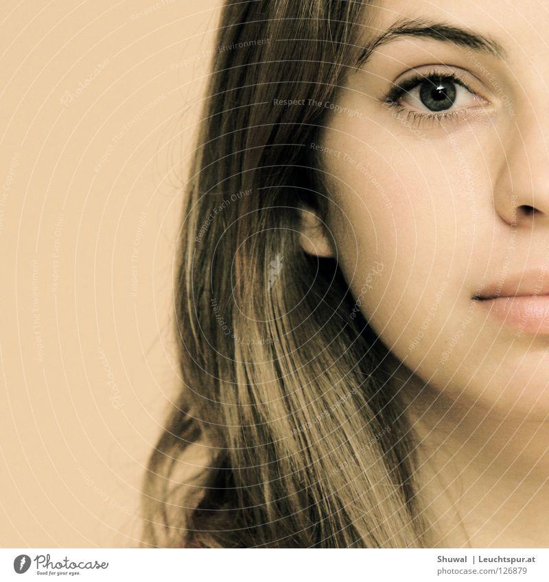 praschtschaj Blick Auge durchdringen durchdringend fesseln Frau Haare & Frisuren Lippen Augenbraue Mund schön Kopf Gesicht Haut bleich Vertrauen Hoffnung