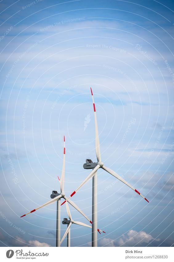 Luftraum & Windkraft Himmel Natur blau weiß Wolken Umwelt Küste Energiewirtschaft Technik & Technologie Klima Zukunft Industrie Sauberkeit Windkraftanlage