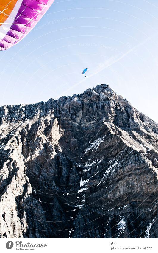 Am Glacier 3000 Lifestyle Wohlgefühl Zufriedenheit Erholung ruhig Ausflug Freiheit Sommer Berge u. Gebirge Sport Gleitschirm Gleitschirmfliegen Sportstätten