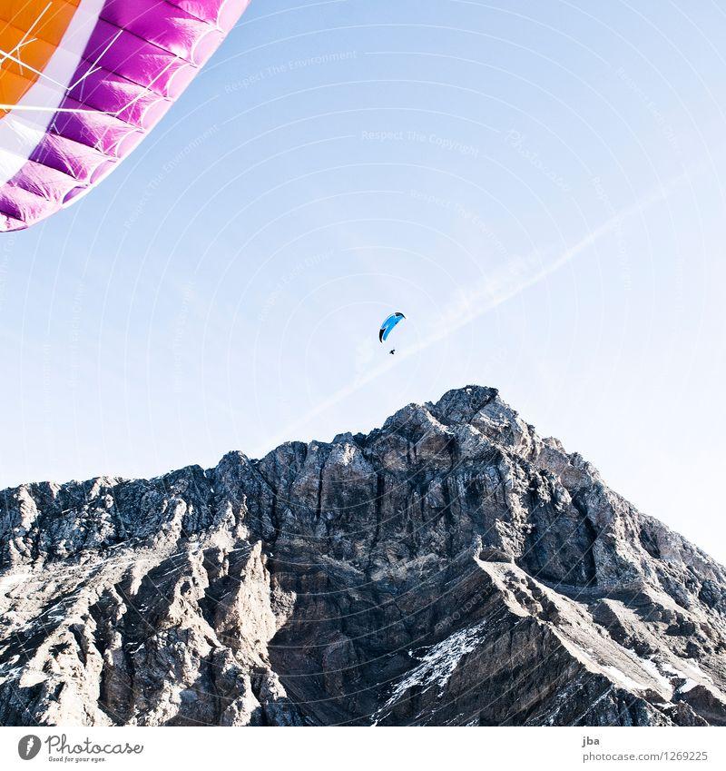 Am Glacier 3000 Lifestyle Wohlgefühl Zufriedenheit Erholung ruhig Freizeit & Hobby Ausflug Freiheit Sommer Berge u. Gebirge Sport Gleitschirm Gleitschirmfliegen
