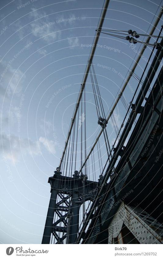 Manhattan Bridge, NYC Technik & Technologie Wolken Sommer Schönes Wetter New York City Brooklyn Brücke Bauwerk Architektur Hängebrücke Stahlverarbeitung