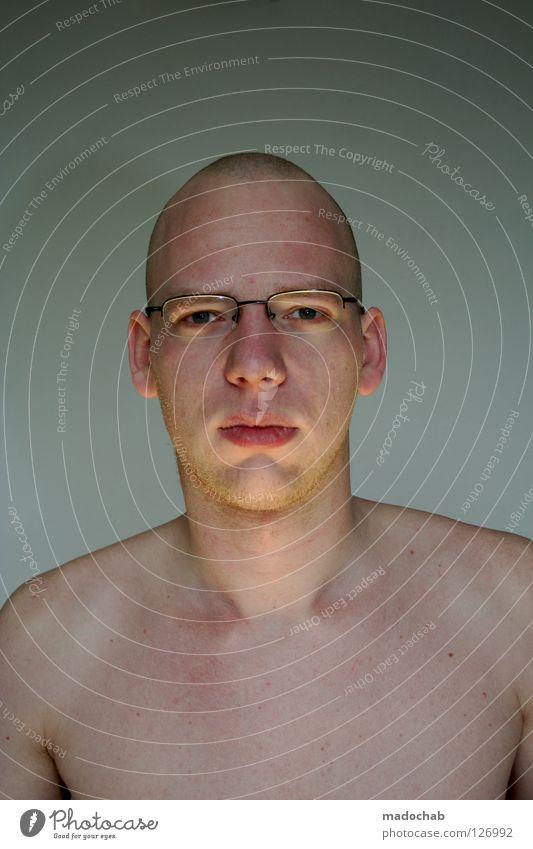 MENSCH Mensch Mann Gesicht Auge nackt Traurigkeit blond Mund Nase maskulin frei Brille Körperhaltung Kommunizieren Kontakt Schulter