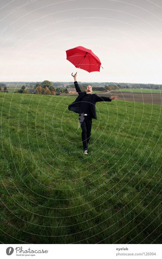 Eiernacken (2) Mann Regenschirm Feld Landwirtschaft Wiese Ebene Anzug grün rot schwarz Kerl Grimasse Akrobatik Kunst Horizont Zirkus improvisieren Tanzen