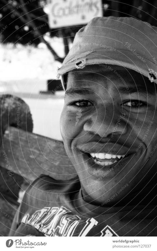 Hey Dude Südafrika Kapstadt Afrika Mann Jungle Beat Hermanus Camphill black man jungle africa happy
