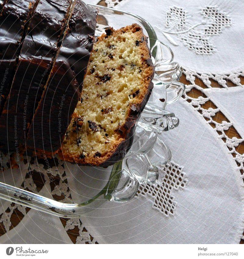 Sonntag nachmittag.... weiß Freude gelb braun Feste & Feiern Glas Geburtstag Tisch süß Kochen & Garen & Backen Teile u. Stücke Kuchen Loch lecker Wohnzimmer