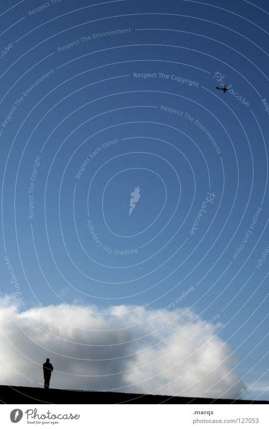 Escapism Mensch Silhouette klein groß Ferne Einsamkeit einzeln Denken Hügel Wolken schlechtes Wetter Macht träumen aufsteigen Ferien & Urlaub & Reisen fliegen