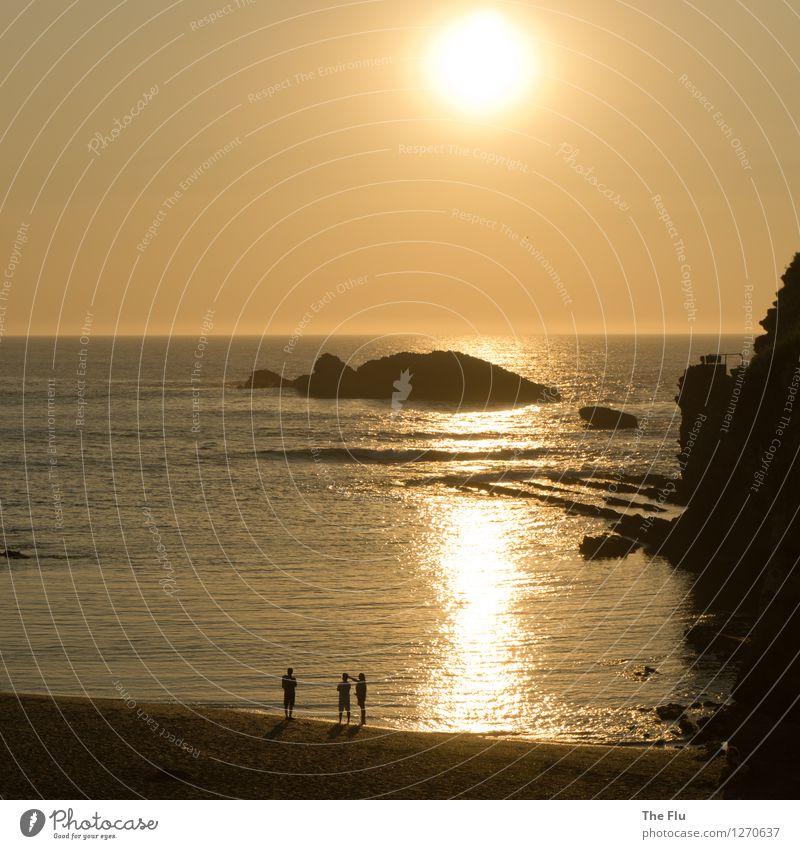 Die Sonne geht baden... Mensch Himmel Natur Ferien & Urlaub & Reisen Sommer Wasser Sonne Meer Landschaft Strand Küste Tourismus Wellen gold Insel genießen