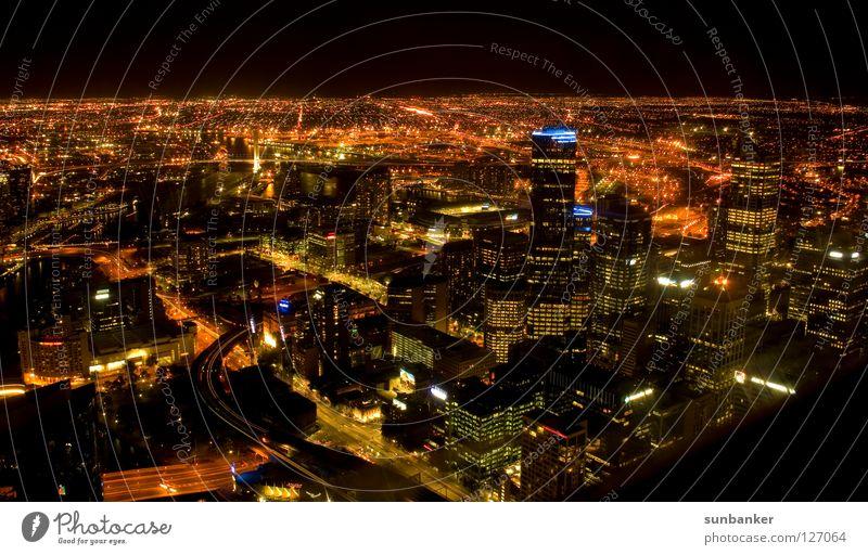 Melbourne Never Sleeps Stadt dunkel Freiheit Beleuchtung Romantik Australien Nachtaufnahme Melbourne