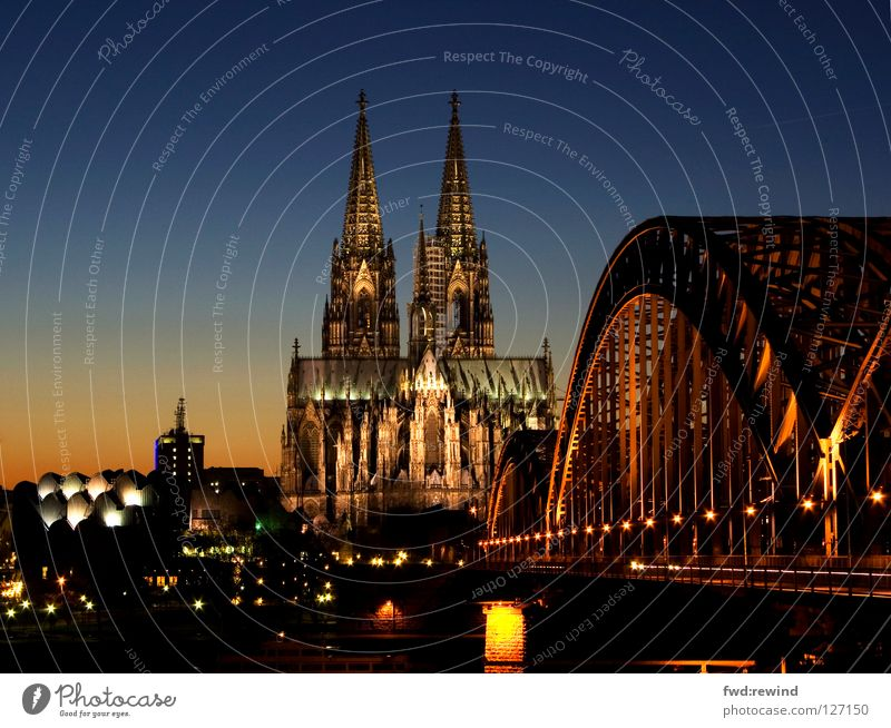 Kölner Dom Nacht Licht Gotteshäuser Brücke Cathedral Bridge Night Light