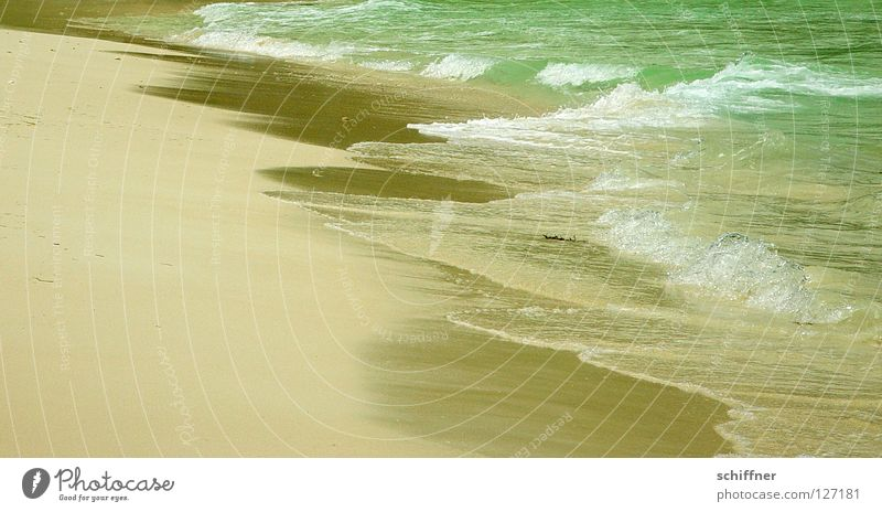150 Sandkörner... Natur Wasser Meer Strand Ferien & Urlaub & Reisen Wellen Küste türkis Seychellen Meerwasser Sandstrand azurblau Sandkorn Traumstrand