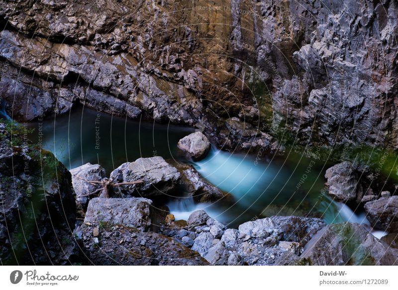 Fluss durch die Klamm Natur Ferien & Urlaub & Reisen blau schön Wasser Erholung Landschaft ruhig Berge u. Gebirge Umwelt Felsen Ausflug Klima Schönes Wetter
