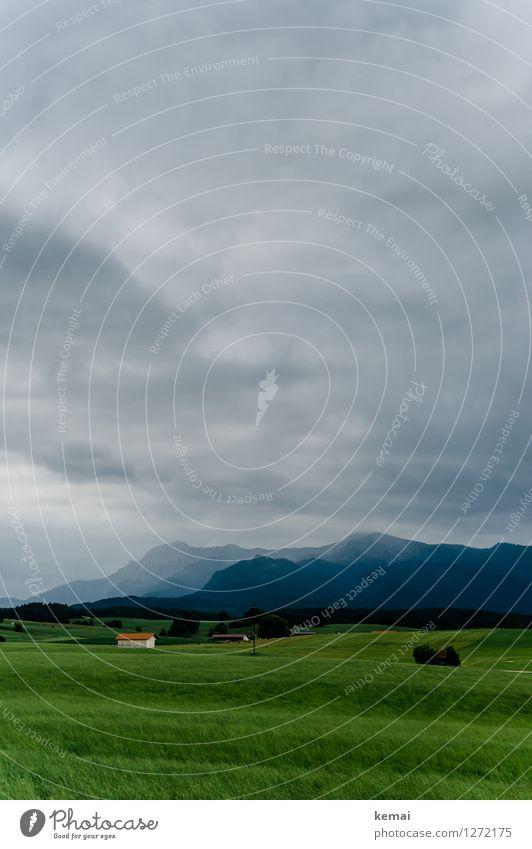 Bavaria Himmel Natur Pflanze grün Sommer Landschaft Wolken Haus dunkel Berge u. Gebirge Umwelt Stimmung Felsen Wetter Feld authentisch