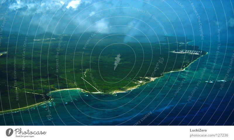 caribbean coast Dominikanische Republik Strand Meer Flugzeug Physik Ferien & Urlaub & Reisen türkis Wald Hotel Wolken Wellen tief flach schön Erholung heiß