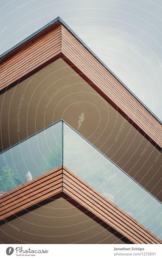 Eck Stadt Skyline bevölkert Haus Einfamilienhaus Traumhaus Bankgebäude Bauwerk Gebäude Architektur Fassade Balkon Terrasse eckig Bauhaus Geometrie Linie Ecke