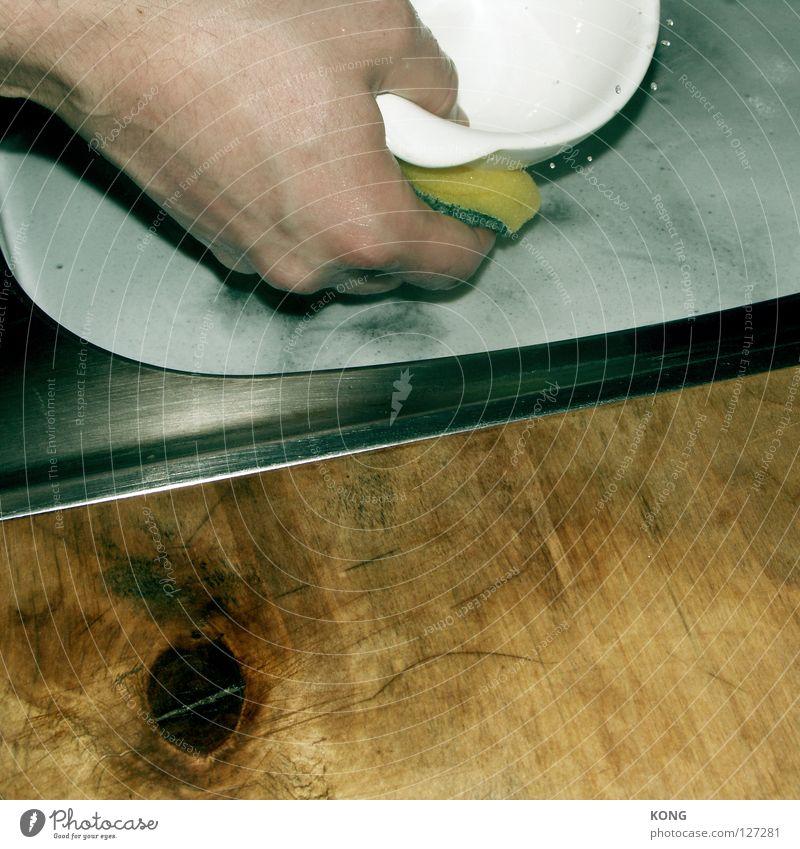 the big wash Geschirrspülen Küchenspüle Hand Reinigen Sauberkeit dreckig Holz Flüssigkeit Haushalt Dienstleistungsgewerbe Möbel Schwamm Metall spülwasser Wasser